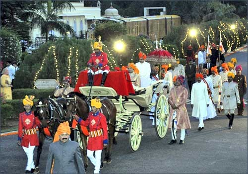 However In Recent Years A Number Of Wedding Themes Have Emerged Within The Indian Culture One These Is Royal